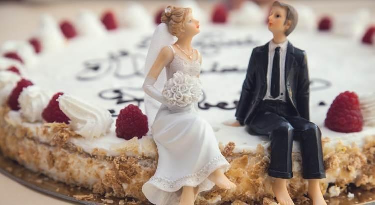 Czego nie kupować na ślubny prezent