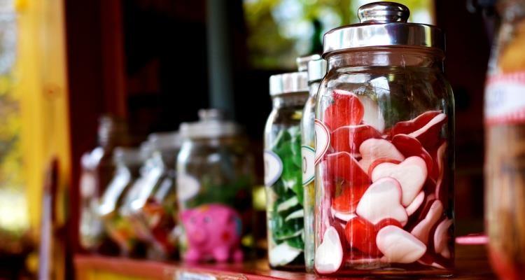 Słodkie prezenty dla gości weselnych