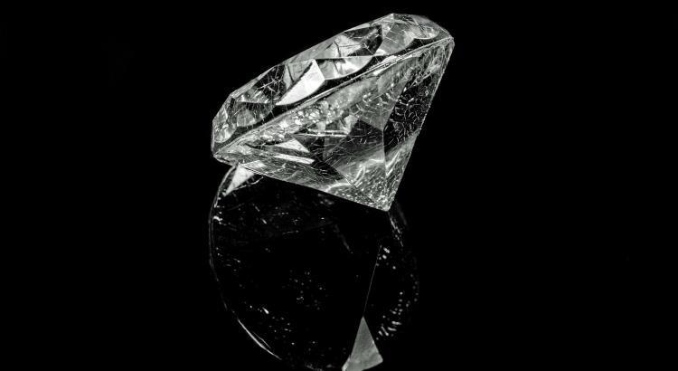 Diamenty jako prezent ślubny
